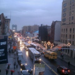 Photo taken at Metro North - Harlem 125th Station by Francois D. on 12/6/2011