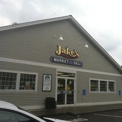 Photo taken at Jake's Market of Lebanon Irving by Eden L. on 7/8/2011