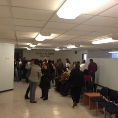 Photo taken at Junta Local De Conciliación y Arbitraje by Eliud G. on 1/19/2012