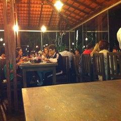 Photo taken at La Bella Pizzaria by Hebert R. on 1/13/2012