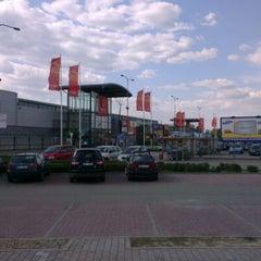 Photo taken at Avion Shopping Park by Abubakar U. on 5/25/2012