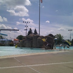 Photo taken at Niles Park District - Oasis Water Park by In Vitis Veritas on 7/28/2012