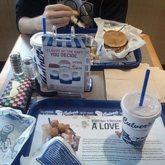 Photo taken at Culver's by Corbach T. on 4/20/2012