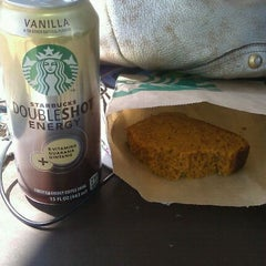 Photo taken at Starbucks by Fouche A. on 6/7/2012