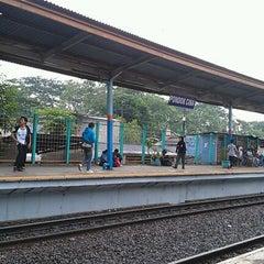 Photo taken at Stasiun Pondok Cina by Ahmad K. on 4/27/2012
