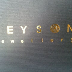 Photo taken at D'MEYSON Jewwllery @ Century Square by Alwin S. on 3/9/2012