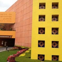 Photo taken at Centro de Convenciones William O. Jenkins by Mariolis on 8/18/2012