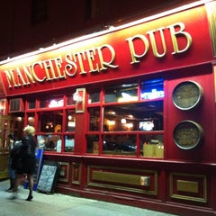 Photo taken at Manchester Pub by Sica U. on 8/10/2011