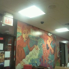 Photo taken at Popeye's by Wilfred T. on 10/8/2011