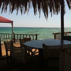 Das Foto wurde bei Puntarenas Salento Marine Di Vernole von Stefano C. am 8/8/2011 aufgenommen