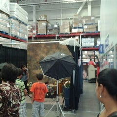 Photo taken at Sam's Club by Abdiel .. on 4/29/2012