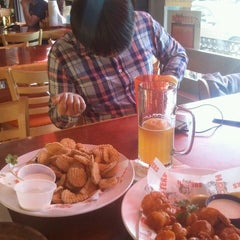Photo taken at Hooters of Gaslamp by Drew M. on 10/13/2011