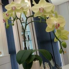 Photo taken at 中友百貨公司 Chung Yo Department Store by Jasmine L. on 6/23/2012