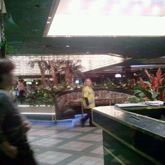 Photo taken at Paradise Buffet & Café by Stephen F. on 1/13/2012