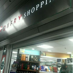 Photo taken at Dufry Shopping by Jordy R. on 11/29/2011