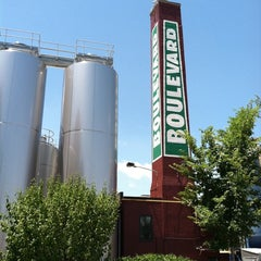 Photo taken at Boulevard Brewing Co by James B. on 6/11/2011