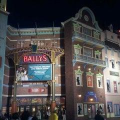 Photo taken at Bally's Casino & Hotel by ABDULLA BIN S. on 7/16/2012