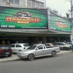 Photo taken at Itamarati Auto Peças by Hudson F. on 11/17/2011
