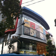 Photo taken at Istana Bandung Electronic Center (BEC) by Cma S. on 3/9/2012