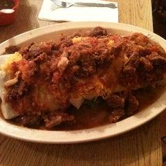 Photo taken at Manuel's Original El Tepeyac Cafe by Tanaura on 5/18/2012