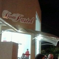 Photo taken at Dom Pastel by Flavinho T. on 8/24/2011