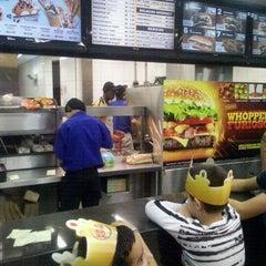 Photo taken at Burger King by Lucas Ó. on 6/11/2012