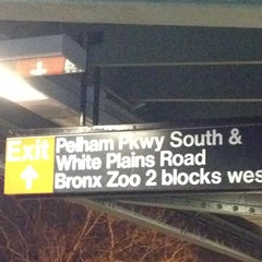 Photo taken at MTA Subway - Pelham Parkway (2/5) by Mary M. on 11/17/2011