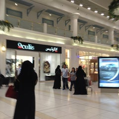 Photo taken at Landmark Mall | اللاندمارك by Kariim F. on 8/16/2012