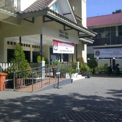 Photo taken at Kantor Lurah Cipete Utara by Romster R. on 3/24/2012