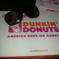 Photo taken at Dunkin Donuts by Jaja on 8/4/2012