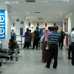 Photo taken at KCU. Bank Central Asia (BCA), Kalimalang by Ilham J. on 6/4/2012
