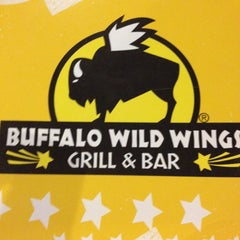 Photo taken at Buffalo Wild Wings by Ryan D. on 5/26/2012