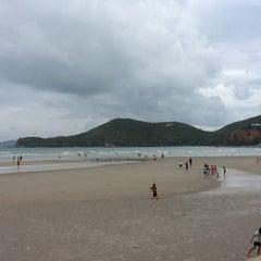 Photo taken at หาดเตยงาม (Teay Ngam Beach) by Piyakul P. on 5/6/2012