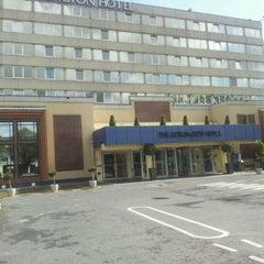 Photo taken at DoubleTree by Hilton Dublin - Burlington Road by Dan E. on 5/5/2012