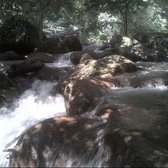 Photo taken at Hutan Lipur LATA JARUM by cik p. on 8/10/2012