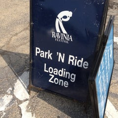 Photo taken at Metra - Highland Park by Lindsey N. on 6/29/2012
