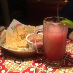 Photo taken at Chili's Grill & Bar by Omar B. on 3/31/2012