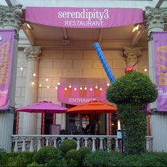 Photo taken at Serendipity 3 Las Vegas by @VegasBiLL on 8/24/2012
