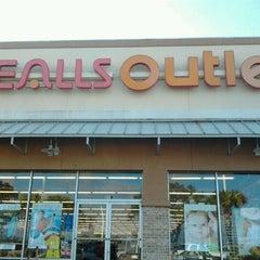Photo taken at Bealls Florida by Teresa on 2/11/2012