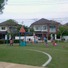 Photo taken at สนามเด็กเล่น สัมมากร-ราชพฤกษ์ by Supaporn S. on 9/3/2011