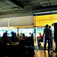 Photo taken at Café 111 (קפה 111) by Ori Y. on 9/2/2011
