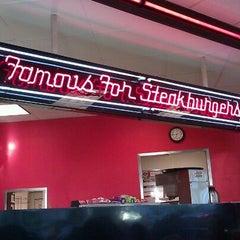 Photo taken at Steak 'n Shake by Tonya (Tee) B. on 8/25/2011
