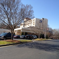 Photo taken at Sheraton Charlotte Airport Hotel by Tina H. on 2/21/2012