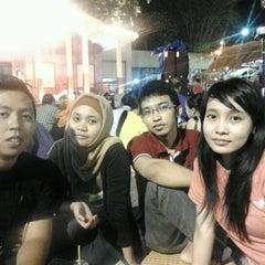 Photo taken at Pasar mlm toenjoengan by Ajib F. on 5/24/2012