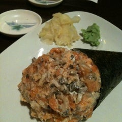 Photo taken at Sushi Temakeria Doo Doo by Alan F. on 12/30/2011