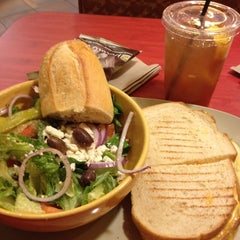 Photo taken at Panera Bread by Yvonne C. on 12/24/2011