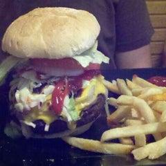 Photo taken at Quarterdeck Restaurant by Bobby on 6/9/2011