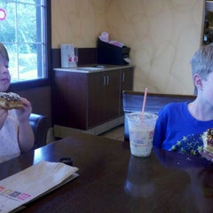 Photo taken at Dunkin' Donuts by Ambra H. on 5/29/2012