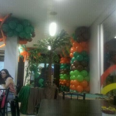 Photo taken at Splash Pizza by Paulo Bernardo R. on 6/4/2012