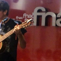 Photo taken at Fnac by Adrián V. on 10/13/2011